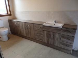 Basins/Toilets